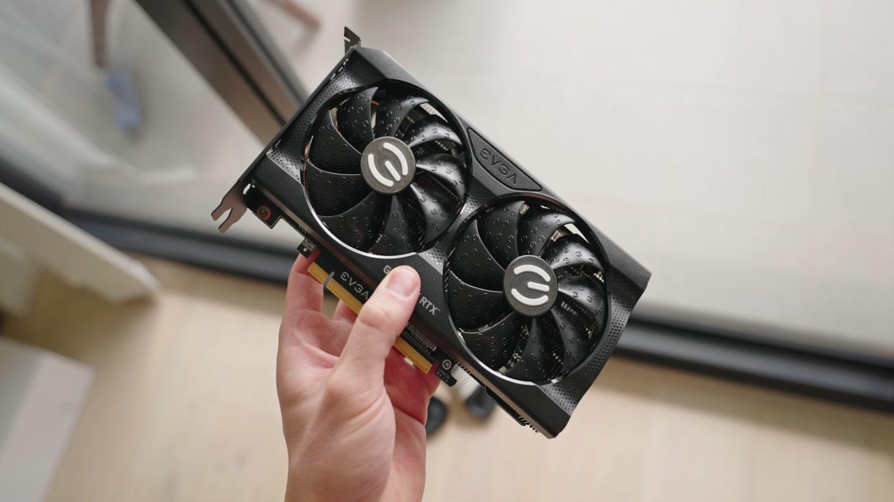 Die kleinste RTX 30-series GPU - EVGA 3060 Ti XC
